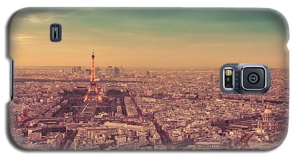 City Sunset Galaxy S5 Case - Paris - Eiffel Tower And Cityscape At Sunset by Vivienne Gucwa