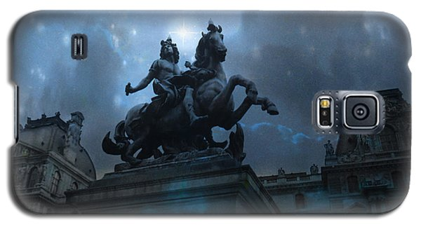 Paris Louvre Museum Blue Starry Night - King Louis Xiv Monument At Louvre Museum Galaxy S5 Case by Kathy Fornal