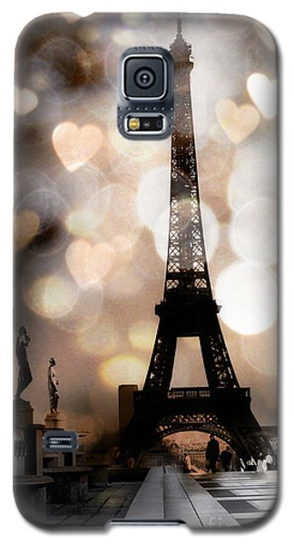 Paris Surreal Fantasy Sepia Black Eiffel Tower Bokeh Hearts And Circles - Paris Eiffel Tower Hearts  Galaxy S5 Case