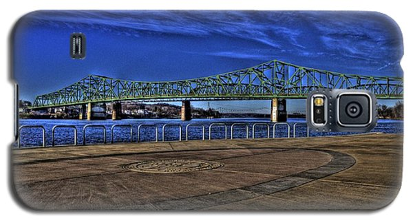 Galaxy S5 Case featuring the photograph Parkersburg Point Park by Jonny D