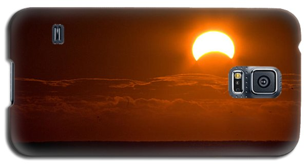 Partial  Eclipse Of The Sun Galaxy S5 Case by Greg Graham