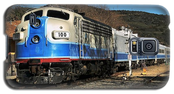 Galaxy S5 Case featuring the photograph Passenger Train by Michael Gordon