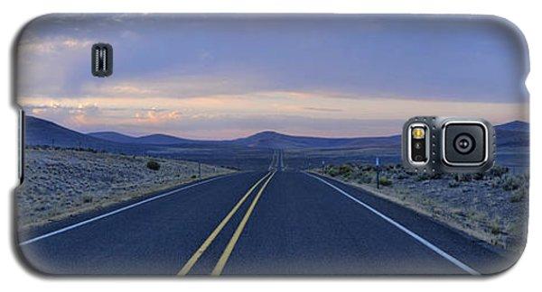 Galaxy S5 Case featuring the photograph Pastel Sunrise by Sebastien Coursol
