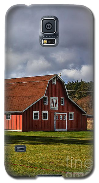 Galaxy S5 Case featuring the photograph Pasture For Rent by Jean OKeeffe Macro Abundance Art
