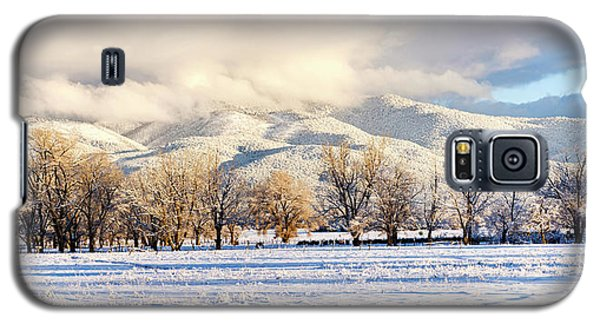Sangre De Cristo Galaxy S5 Case - Pasture Land Covered In Snow With Taos by Panoramic Images