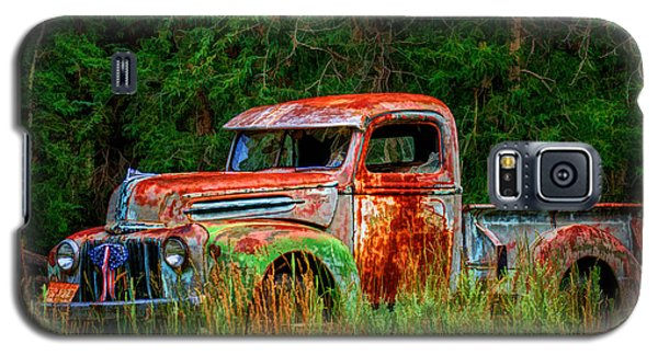 Galaxy S5 Case featuring the photograph Patriotic Truck by Priscilla Burgers