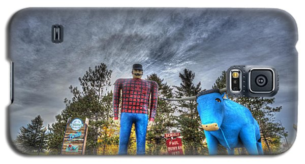 Paul Bunyan And Babe The Blue Ox In Bemidji Galaxy S5 Case by Shawn Everhart