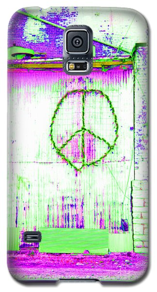 Galaxy S5 Case featuring the photograph Peace 2 by Minnie Lippiatt