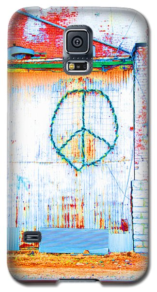 Galaxy S5 Case featuring the photograph Peace 3 by Minnie Lippiatt