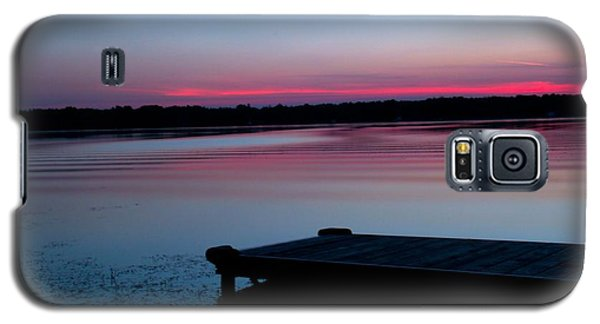 Galaxy S5 Case featuring the photograph Peaceful by Michaela Preston