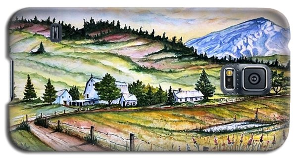 Galaxy S5 Case featuring the painting Peaceful Valley Farm by Richard Benson