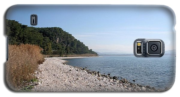 Galaxy S5 Case featuring the photograph Pebbled Beach by Tracey Harrington-Simpson