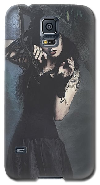 Peek Gothic Scene Galaxy S5 Case