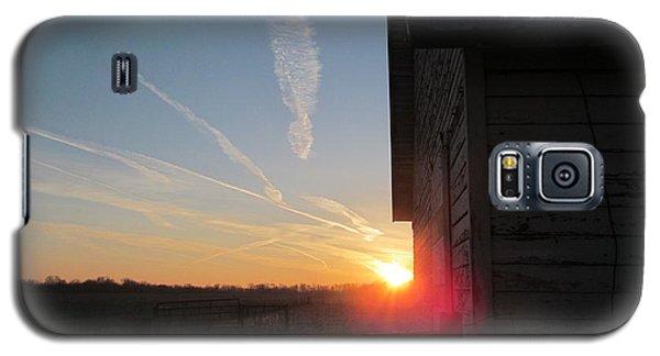 Peeking Through The Barn Sunrise Galaxy S5 Case