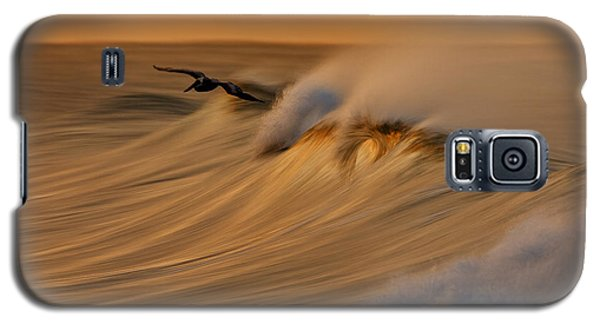 Galaxy S5 Case featuring the photograph Pelican And Wave  Mg_6950 by David Orias