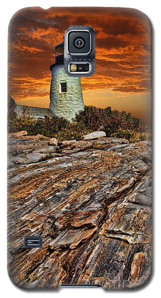 Galaxy S5 Case featuring the photograph Pemaquid Point Lighthouse by Shirley Mangini