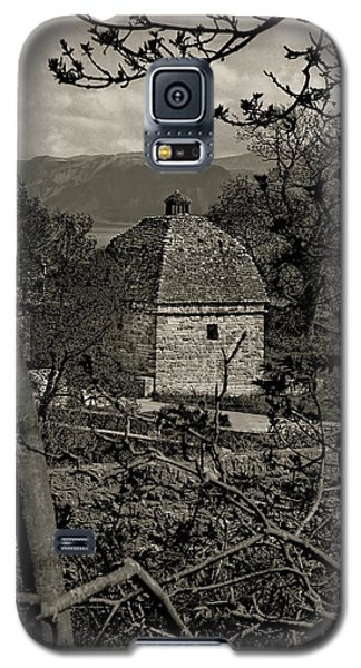 Galaxy S5 Case featuring the photograph Penmon Priory Dovecot by Nigel Fletcher-Jones