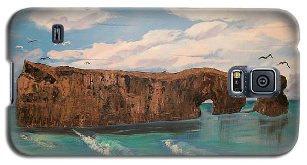 Galaxy S5 Case featuring the painting Perce Rock by Sharon Duguay