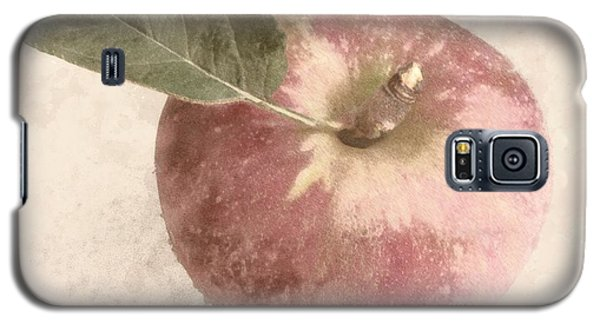 Galaxy S5 Case featuring the photograph Perfect Apple by Photographic Arts And Design Studio
