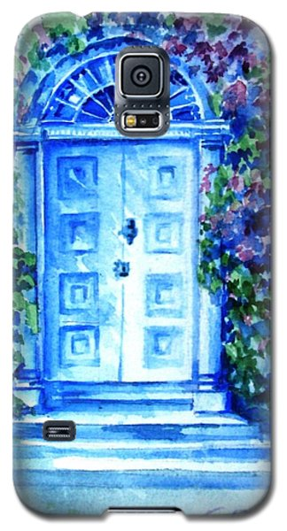 Galaxy S5 Case featuring the painting Period Doorway Altamont Gardens by Trudi Doyle