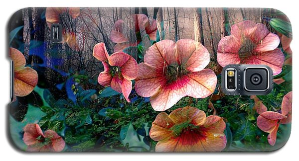 Petunias In The Forest Galaxy S5 Case