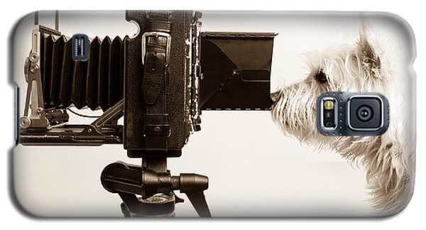 Dog Galaxy S5 Case - Pho Dog Grapher by Edward Fielding