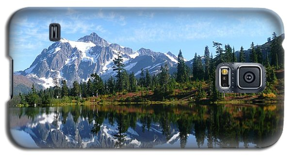 Galaxy S5 Case featuring the photograph Picture Lake by Priya Ghose