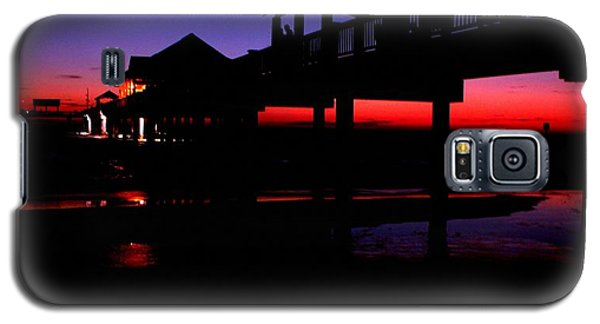 Galaxy S5 Case featuring the photograph Pier 60 In After Glow 2 by Richard Zentner