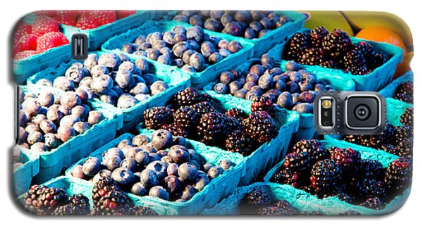 Galaxy S5 Case featuring the photograph Pike Place Blacks N' Blues by Vinnie Oakes