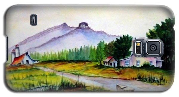 Galaxy S5 Case featuring the painting Pilot Mountain Nc Farm Scene by Richard Benson