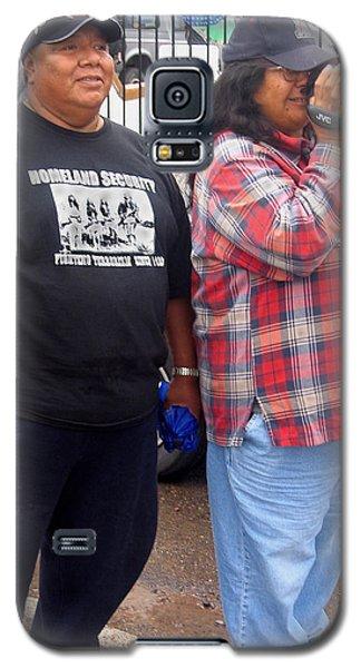 Pima Indians Watching Parade Sacaton Arizona 2005 Galaxy S5 Case