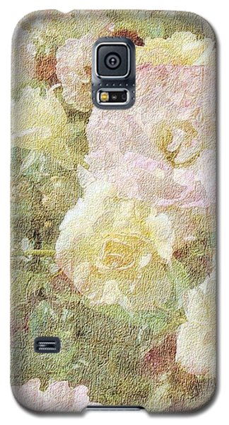 Pink And White Roses With Tapestry Look Galaxy S5 Case