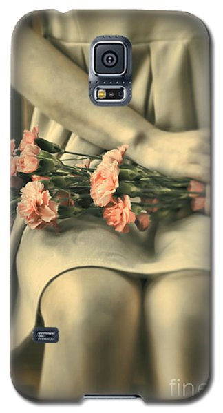 Galaxy S5 Case featuring the photograph Pink Carnations by Craig B
