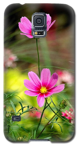 Pink Flower Galaxy S5 Case by Ed Roberts