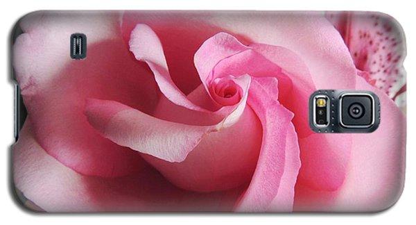 Pink Glow Galaxy S5 Case by Kristine Merc