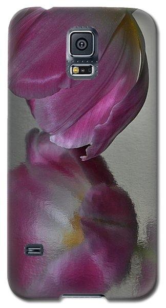 Pink Tulip Reflected In Silver Water Galaxy S5 Case
