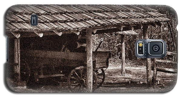 Pioneer Shed Calotype Galaxy S5 Case by Travis Burgess