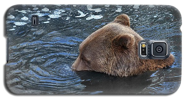 Playful Submerged Bear Galaxy S5 Case