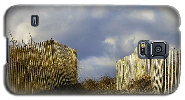 Galaxy S5 Case featuring the photograph Plum Island Fence by Betty Denise