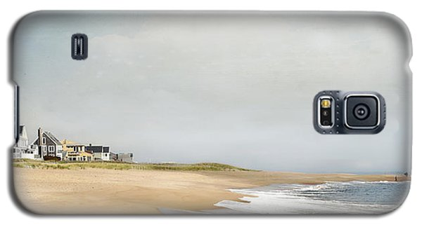 Galaxy S5 Case featuring the photograph Plum Island Picnic by Karen Lynch