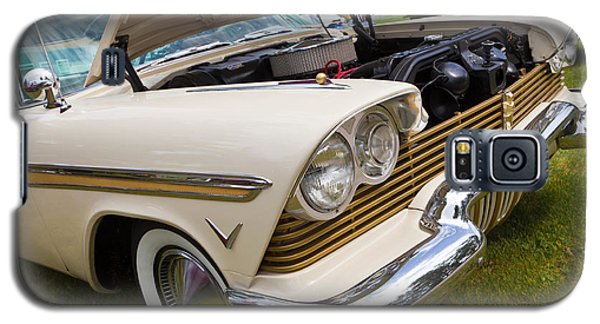 Galaxy S5 Case featuring the photograph Plymouth Fury Cream by Mick Flynn