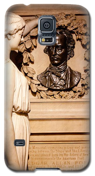 Galaxy S5 Case featuring the photograph Poe Memorial Sculpture by Jean Haynes