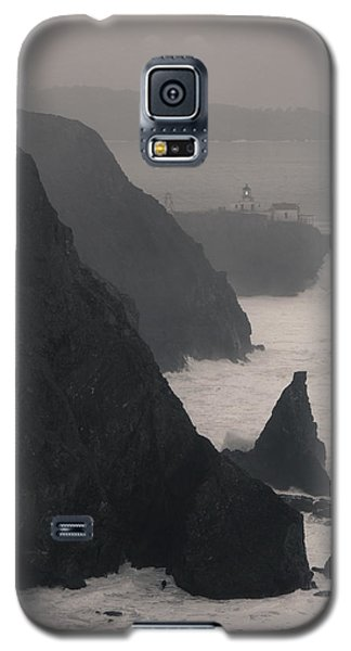 Galaxy S5 Case featuring the photograph Point Bonita Lighthouse by Scott Rackers
