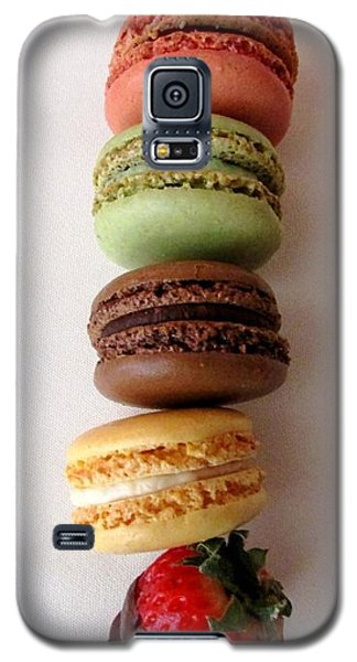 Galaxy S5 Case featuring the photograph Point D'exclamation by Brenda Pressnall