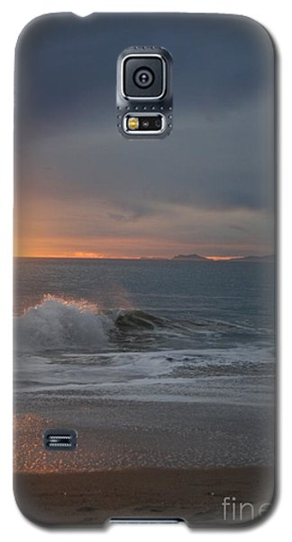 Point Mugu 1-9-10 Sun Setting With Surf Galaxy S5 Case by Ian Donley