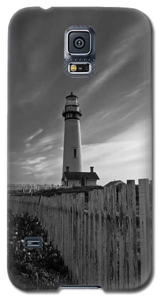 Galaxy S5 Case featuring the photograph Point Pigeon Lighthouse by Jonathan Nguyen