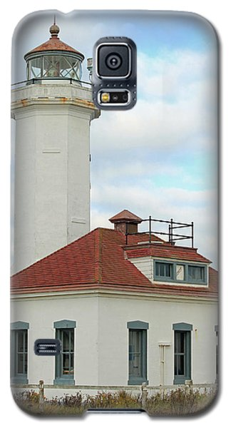 Galaxy S5 Case featuring the photograph Point Wilson Lighthouse by E Faithe Lester