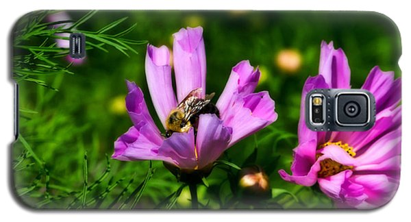 Pollinating Flowering Galaxy S5 Case