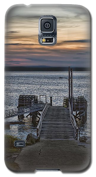 Galaxy S5 Case featuring the photograph Ponce Landing by Richard Bean