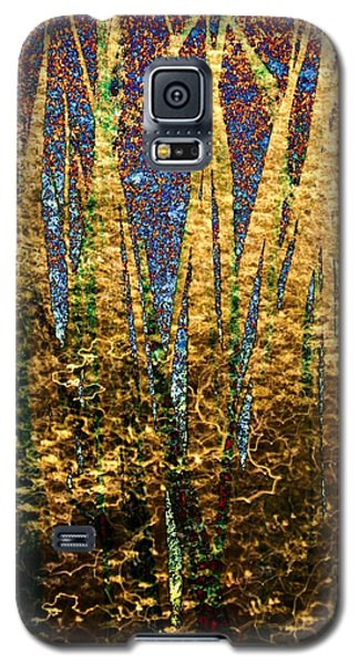 Galaxy S5 Case featuring the photograph Pond Grass-1 by Darla Wood